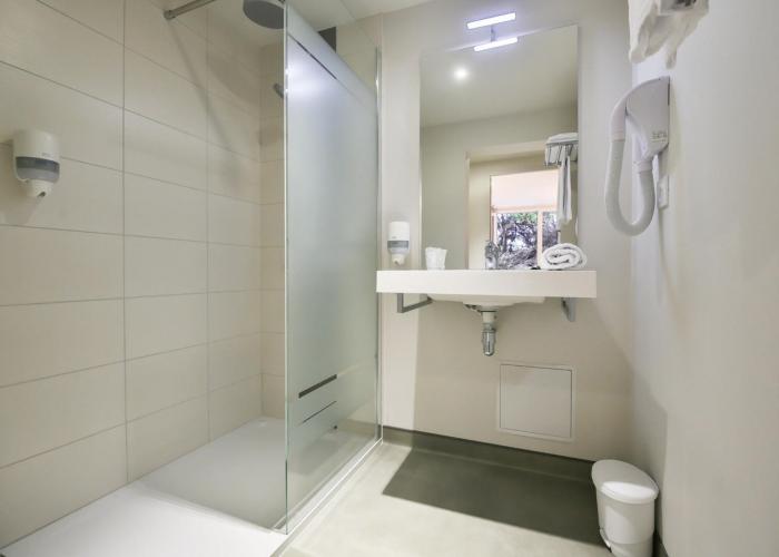 VE-chambre-salle-de-bain1
