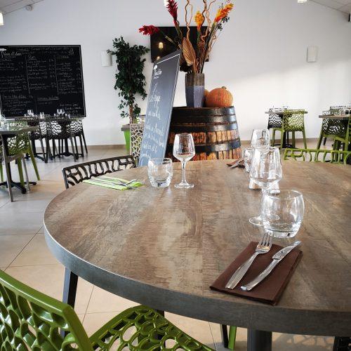 VE-salle-restaurant-table
