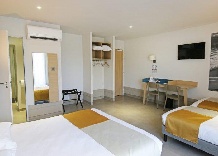 chambre-quadruple-balcon2
